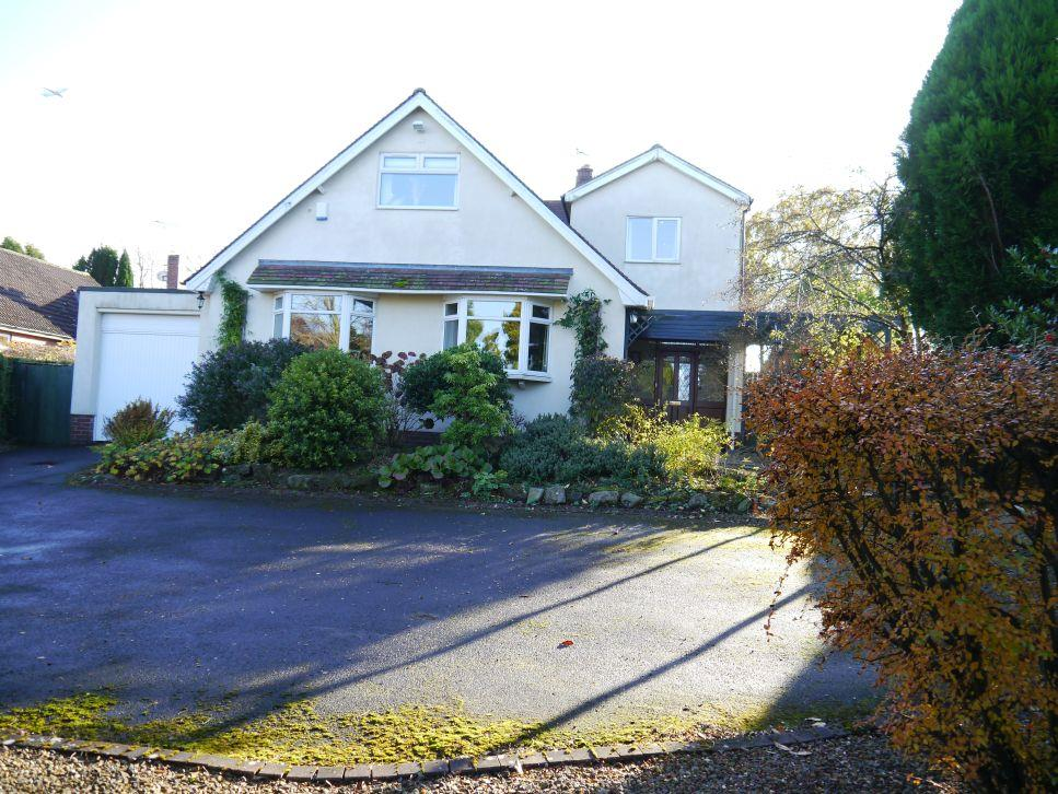 4 Bedrooms Detached House for sale in Edge Hill, Darras Hall